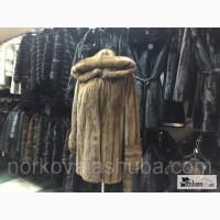 Норковый полушубок с капюшоном оригинального окраса