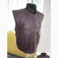 Большой мужской кожаный жилет CAPRA. Германия. Лот 943