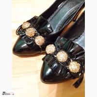 Туфли 33-й размер каблук кожа