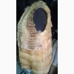 Яркая молодежная жилетка из меха ласки и лисы