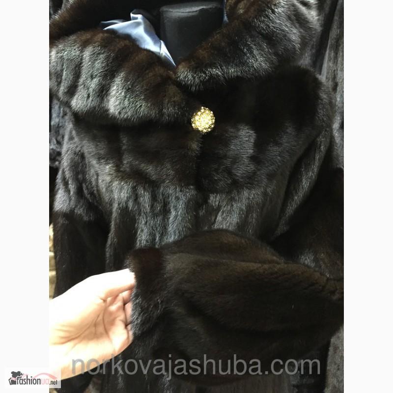 Фото 2. Норковая шуба с капюшоном недорого