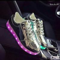Светящиеся кроссовки, лед кроссовки, кроссовки