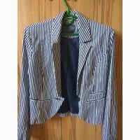 Новый пиджак в полоску 36 р