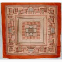 Платок из шелка размером 78х78 см