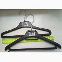 Вешалкплечики для одежды подростковой группы детей