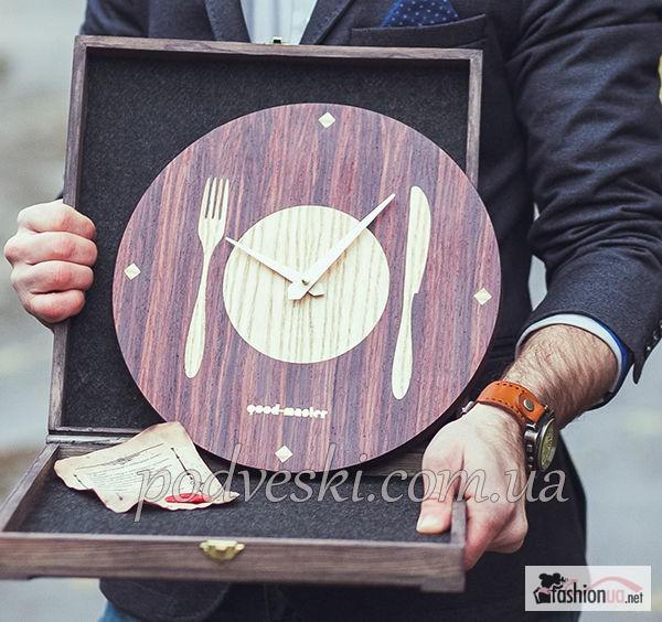 Часы работы продам ручной часы мужские ломбарде ника купить в