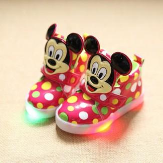 Кроссовки детские светящиеся
