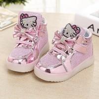 Светящиеся ботинки для девочки