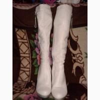 Продам зимние сапоги Elmira