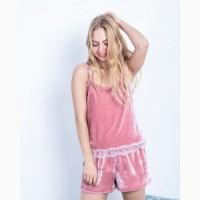 Продам пижаму женскую велюровую с шортами р. 44-46