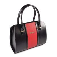 Стильная черная сумочка из кожи